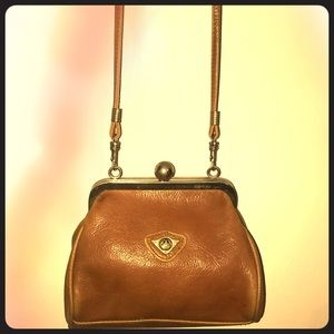 Vintage Beautiful small leather purse